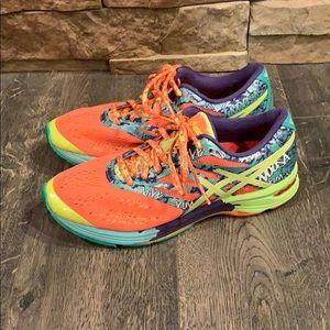 Women's ASICS Tennis Shoes Gel-Noosa Tri 10